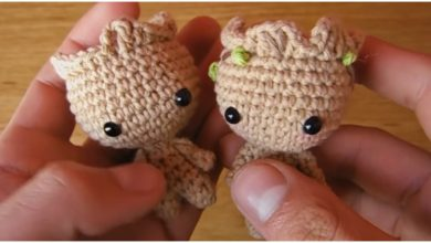 Free Crochet Pattern: Potted Baby Groot from Guardians of the ... | 220x390