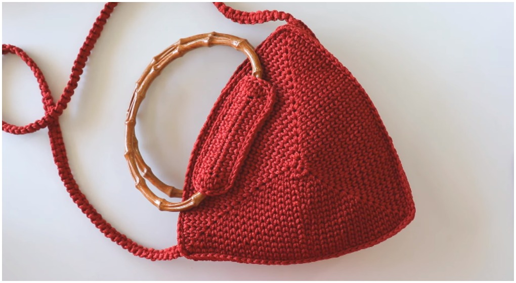 Crochet Easy Triangle Bag